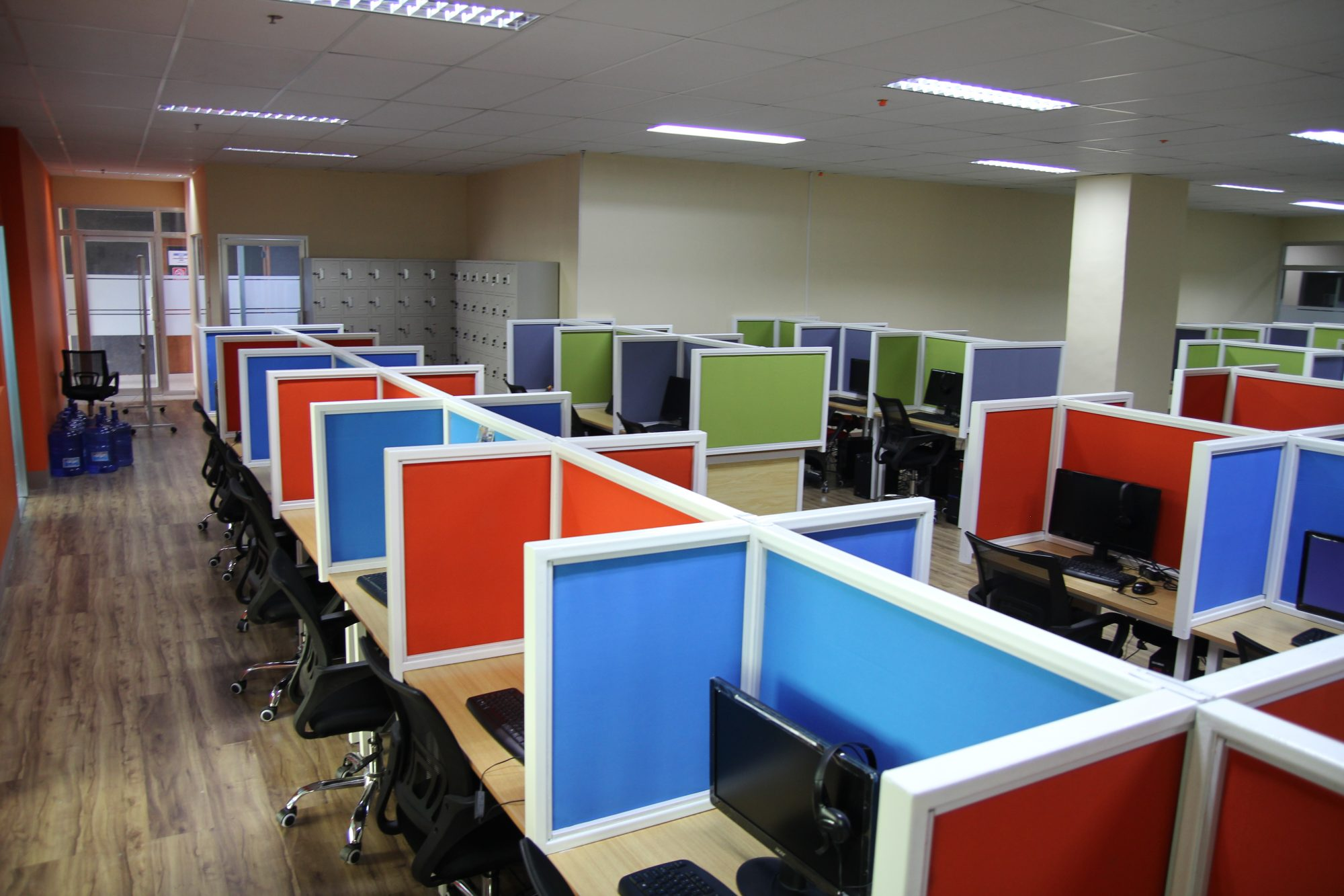 BPOSeats.com customized EXCLUSIVE office solutions in 4 different facilities in Cebu.