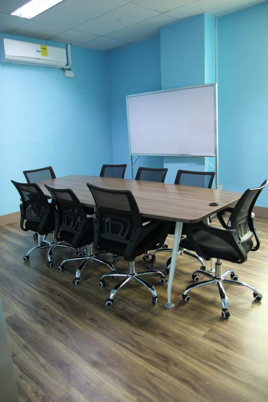 BPOSeats.com offers Conference Rooms and Shared Amenities as well as exclusive build-outs.
