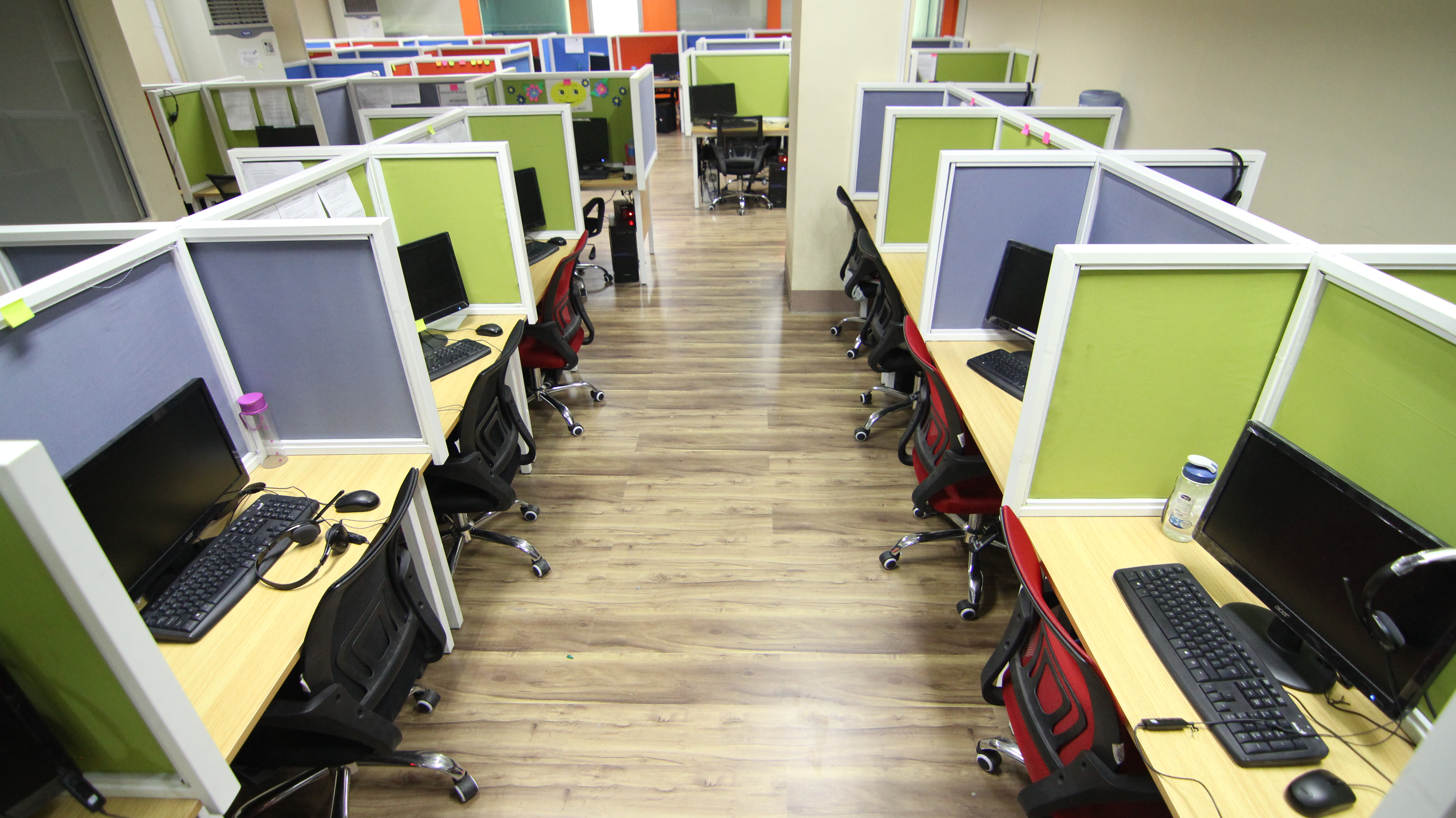 Rent A Call Center Office Conveniently with BPOSeats.com